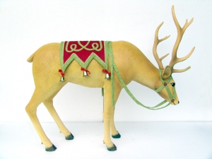 Reindeer head down - dressed (JR IE+08HDD)