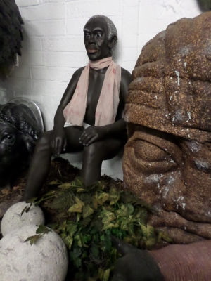 Lady- African Seated (JR AFRL)