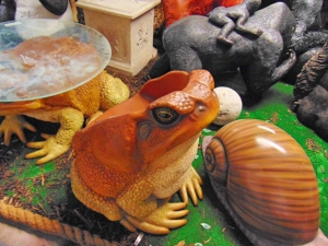 Cane Toad Chair (JR 160255)