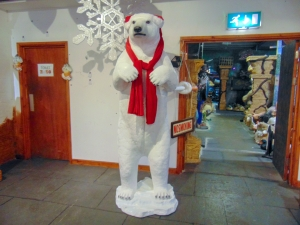 Polar Bear Standing -Xmas (JR 110036X)