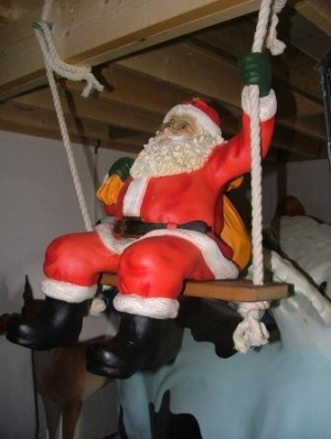 Santa on Swing (JR 1023)