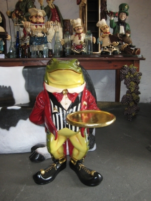 Frog Butler with tray (JR AFFRB)