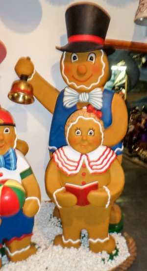 Ginger Bread Girl with Book (JR 3124)