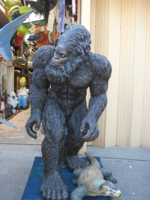 Big foot - The Garden Yeti (JR 110119)