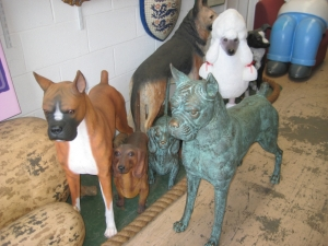 Boxer dog in bronze (JR 110120b)
