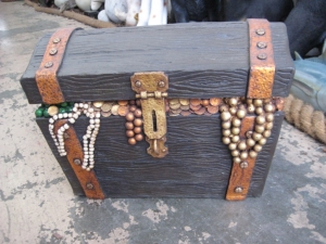 Pirates Treasure Chest - Small (JR R-080)