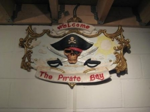 Sign Pirates Bay Single Sided (JR R-076)