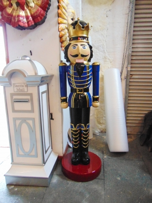 Nutcracker King 6.5ft - Blue Jacket (JR 110013B)