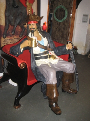 Pirate with Beer Sitting (JR 2931)