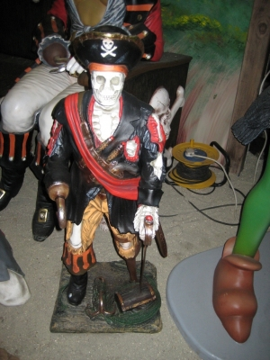 Skeleton Pirate 3ft (JR 2309)