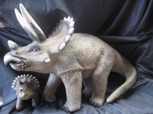 Triceratops 2ft high (JR 2422)