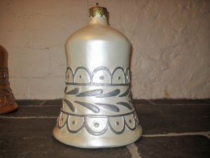 Christmas Decor Bell White w/Silver (JR 1189-G)