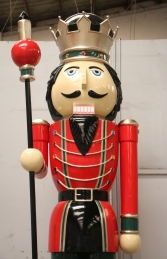 Nutcracker 12ft with Scepter - Right Hand (JR 130091RG) - Thumbnail 02