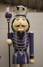 Nutcracker 12ft with sceptre - Right Hand (JR 130091PS) - Thumbnail 02