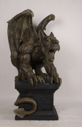 GIANT GARGOYLE ON PLINTH - JR 190048 - Thumbnail 02