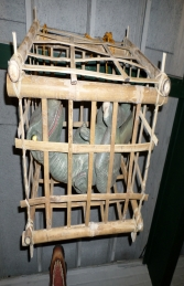Baby T Rex in Cage (JR R-196) - Thumbnail 01