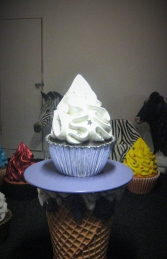 Silver Leaf Cupcake 2ft (JR 2828) - Thumbnail 03