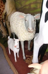 Sheep life-size (JR 1958)