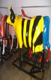 Bumble Bee Cow life-size (JR 7017) - Thumbnail 02