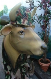 Cam-Moo-Flage Cow life-size (JR 1634-CMF) - Thumbnail 03