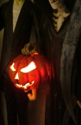 Soul Taker with Pumpkin Lamp (JR 2334) - Thumbnail 03
