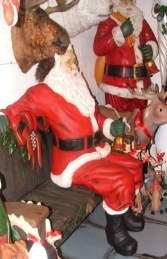 Santa sitting on Bench lifesize (JR 2465A+B) - Thumbnail 02