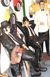 Blues Brothers seated life-size pair (JR 1525)  - Thumbnail 01