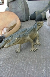 Crocodile Walking 4ft long (JR 080112) - Thumbnail 02