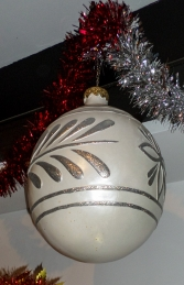 Christmas Decor Ball White w/Silver 2.5ft (JR 1192-A) - Thumbnail 03