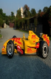 DHL F1 Formula Race Car (JR DHL)