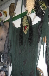 Evil Witch Hanging Head - 7ft (JR 7530-7) - Thumbnail 02