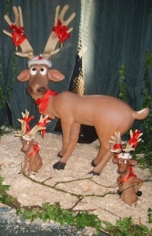 Funny Reindeer Standing with Crossed Legs (JR 2214) - Thumbnail 01