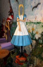"Girl in Dress -Faceless ""Photo Opportunity"" (JR LM) - Thumbnail 01"
