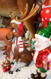 Funny Moose 5ft Sitting with Gifts (JR 110002) - Thumbnail 03