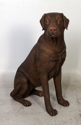 Labrador sitting - Chocolate (JR 110098C)