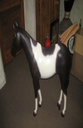Horse Standing - Brown & White 3ft (JR 100011b) - Thumbnail 03