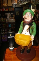 Leprechaun with Basket (JR ST5164)
