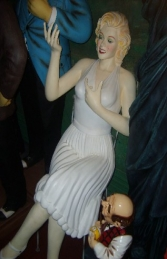 Marilyn Monroe Sitting Life-size (JR 1530)