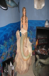 Mermaid Statue on Rock (JR FSC1031) - Thumbnail 02