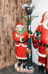 Mrs Santa with Lamp post life size (JR 2095) - Thumbnail 03
