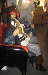 Pirate with Beer Sitting (JR 2931) - Thumbnail 02