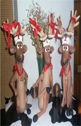 Funny Reindeer standing on crossed legs (JR 2318) - Thumbnail 02