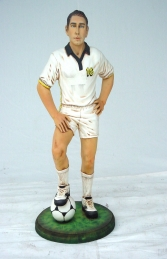 Football Player Standing 3ft (JR 1706) - Thumbnail 01