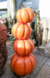 Stacked Pumpkins (JR C-166) - Thumbnail 02