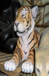 Tiger Cub Lying- Large (JR 3316) - Thumbnail 02