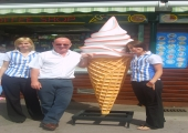 ICE CREAM 6FT - BOURNEMOUTH